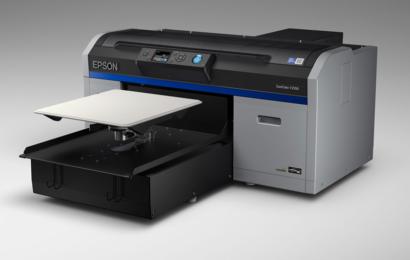 Série SC-F2100 : deux imprimantes DTG (4C) et (5C) pour imprimer directement sur textile
