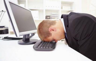 كيفية مقاومة التعب أثناء العمل في المكاتب