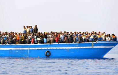 """""""المؤشر العربي"""": ربع مواطني الدول العربية يرغبون في الهجرة"""