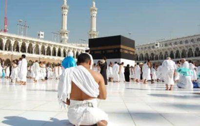 السعودية تسمح للمعتمرين بزيارة كل مدن المملكة