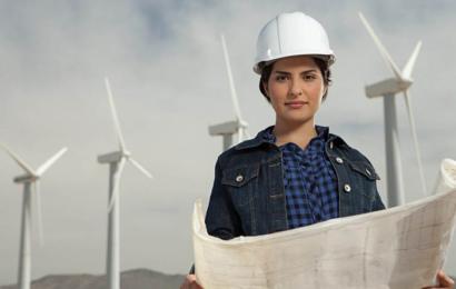 الفتيات يتجهن بقوة نحو الهندسة في الدول العربية
