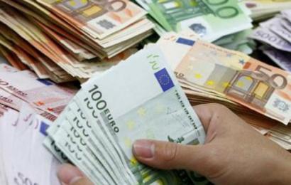 مؤسسات التمويل الدّولي تقرر منح تونس 5.5 مليار أورو