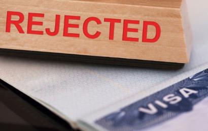 بريطانيا ترفض منح التأشيرة لأطباء جامعيين تونسيين
