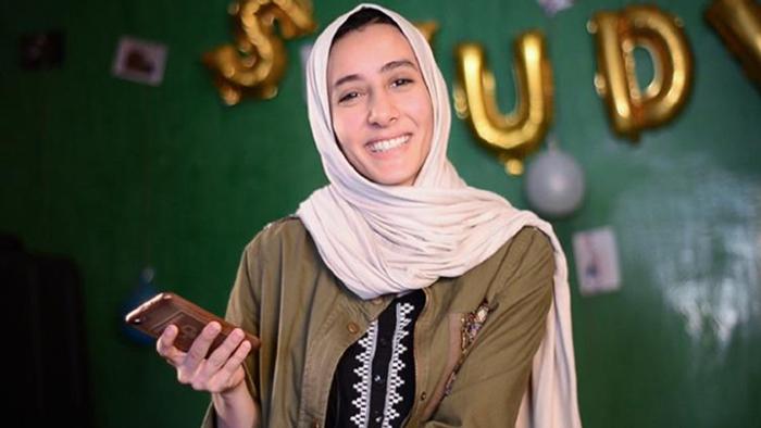 مهندسة ليبية تطور تطبيقاً يدعم اقتصاد بلدها ويُشغل قطاعاً عريضاً من النساء