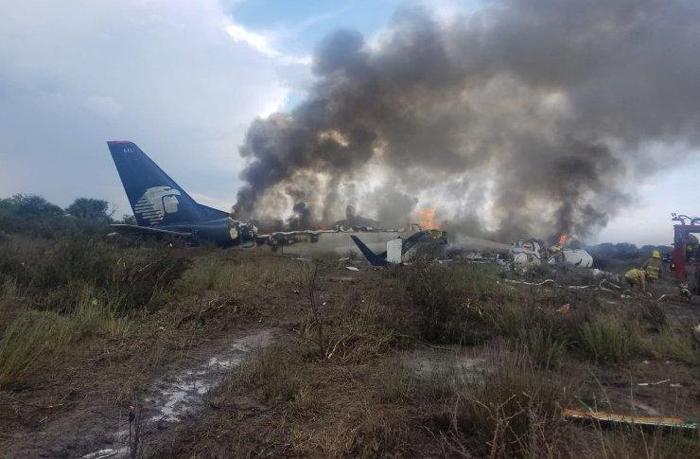 تحطم طائرة ركاب تقل 101 شخص في المكسيك