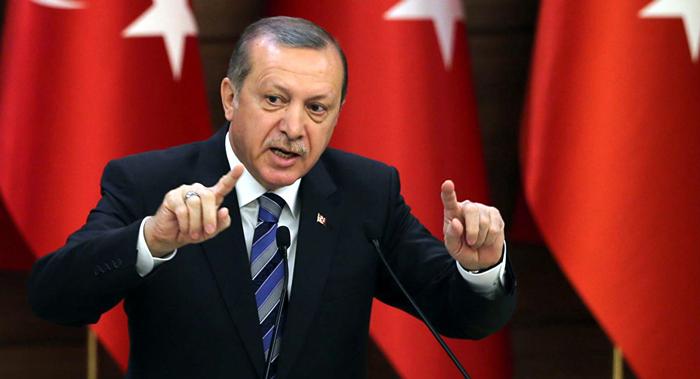 تراجع شعبية أردوغان مع تدهور الليرة التركية