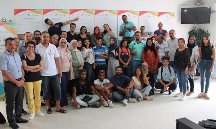 تواصل تنظيم دورات تدريبية لفائدة الفاعلين في المؤسّسات الشبابية