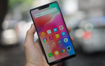 دخول شركة Sharp إلى سوق شاشات OLED المخصصة للهواتف الذكية