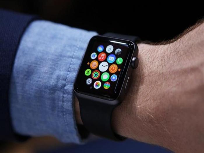 ساعة أبل الذكية تنقذ حياة شاب أسترالي مريض بالقلب
