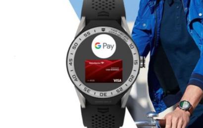 شركة 'غوغل' تطرح ساعة ذكية تعوض المدرب الرياضي