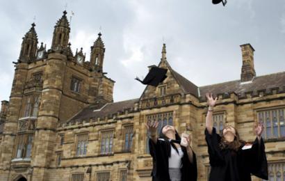 منحة جامعة Queensland للدراسات العليا في أستراليا 2019-2020