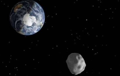 """""""ناسا"""" تحذر من كويكب صغير يقترب من الأرض"""