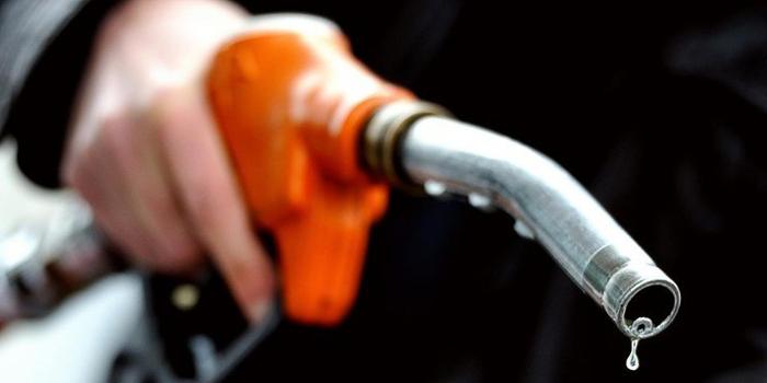 وزارة الطاقة توضّح سبب الإضطراب في التزود بالمواد البترولية