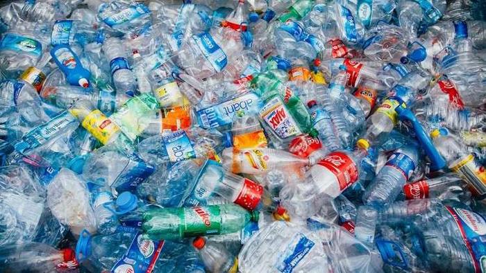 تدشين وحدة رسكلة للنفايات البلاستيكية بحي التضامن لأول مرة