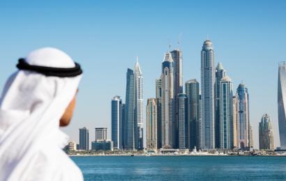 قرار جديد: الإمارات تمنح تأشيرات إقامة طويلة الأمد إلى هؤلاء