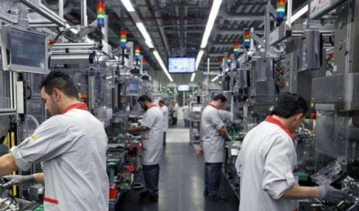 تراجع حجم الإنتاج الصناعي في تونس