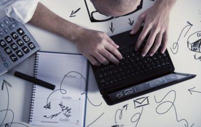 ما هي السيرة الذاتية الاحترافية؟ وما هي مراحل كتابتها وتطويرها؟