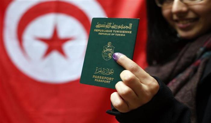 يمكن من دخول 69 دولة دون تأشيرة..جواز السفر التونسي أقوى جواز سفر في شمال إفريقيا