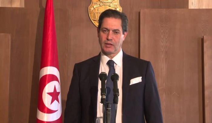 """رياض المؤخر: تونس معرضة """"للفيضانات والجراد والجفاف والحرائق"""""""