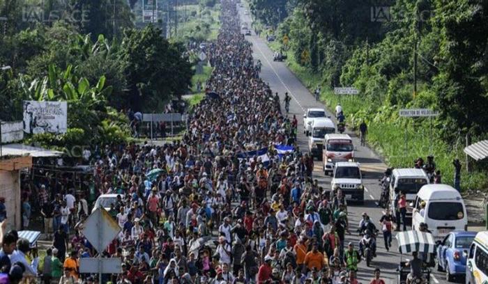 هربا من الفقر..الآلاف من أمريكا الوسطى يهاجرون إلى الولايات المتحدة