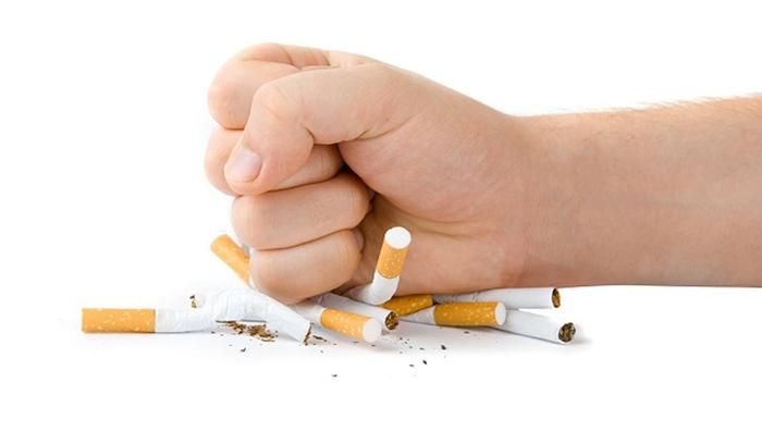 تونس: اقتراح فرض أداءات على المُدخّنين ومُدمني الكحول والرهان لتمويل الصناديق الاجتماعية