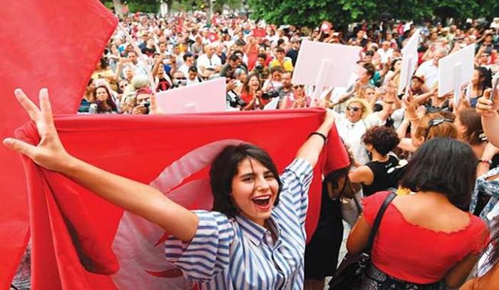 الحكومة التونسية تصادق على مشروع قانون للمساواة في الإرث