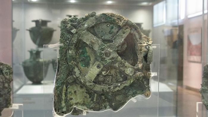حاسوب عمره 2200 عاماً منذ زمن الإغريق