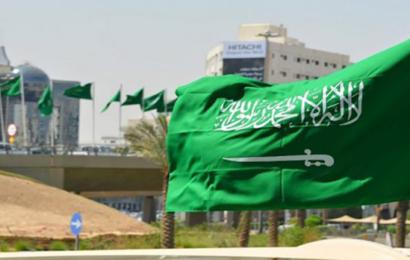 عواصف رعدية قوية ستضرب السعودية