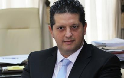 """وزير التجارة: """"الطابونة"""" و""""الملاوي"""" وراء أزمة فقدان السميد"""