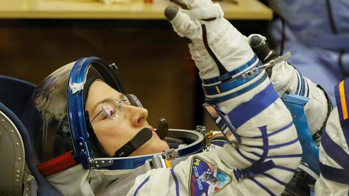 ناسا تلغي أول مهمة فضائية لطاقم نسائي 100%