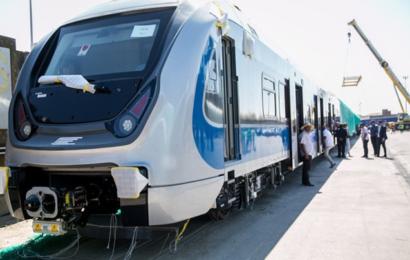 وصول الدفعة الأولى من القطارات الكهربائية الجديدة