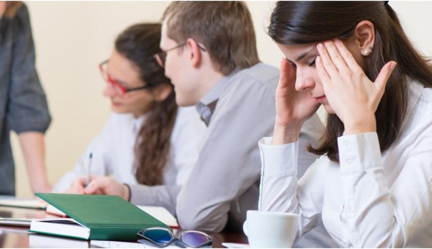 """الرائد الرسمي: إدراج سلك مدرّسي الإعدادي و الثانوي في """"الوظائف المرهقة"""""""