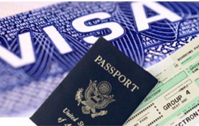فرنسا تخفض في عدد التأشيرات الممنوحة للتونسيين بنسبة 30 بالمائة